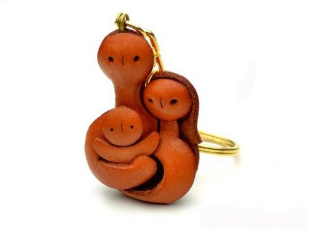 A FAMILY LEATHER KEYCHAIN VANCA