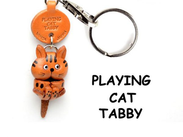 TABBY PLAYING JAPANESE LEATHER KEYCHAIN CAT VANCA