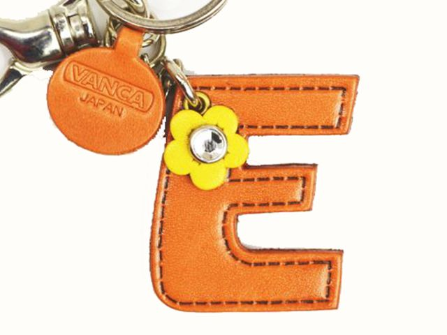 INITIAL E LEATHER KEYCHAIN BAG CHARM