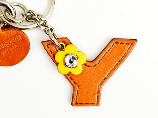 INITIAL Y LEATHER KEYCHAIN BAG CHARM