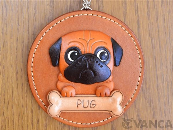 PUG LEATHER WALL DECO