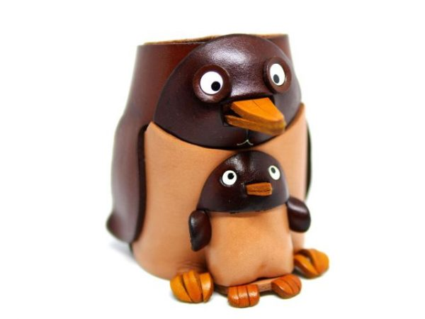 PENGUIN HANDMADE LEATHER EYEGLASSES HOLDER/STAND